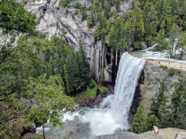 There is a great vista point along the connector trail that allows you to see Vernal Falls from above.