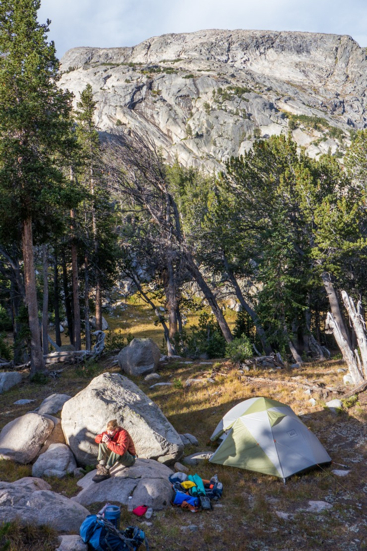 wind-river-cirque-towers-backpacking-11-grave-lake-campsite