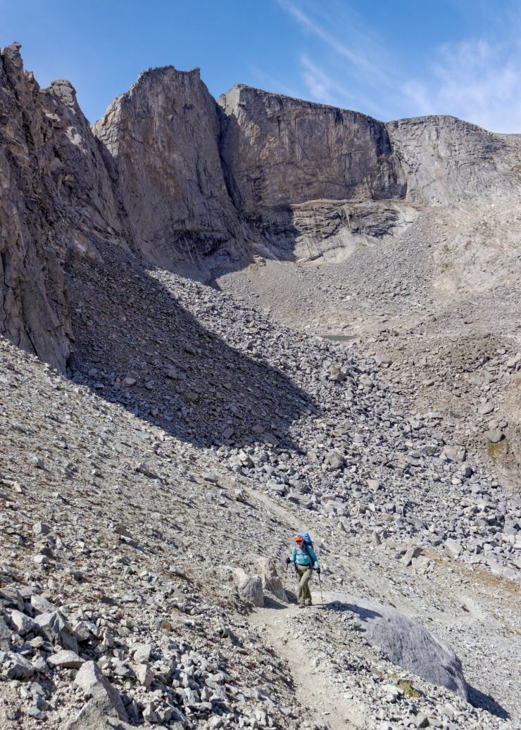 wind-river-cirque-towers-backpacking-14-hailey-pass-ascent