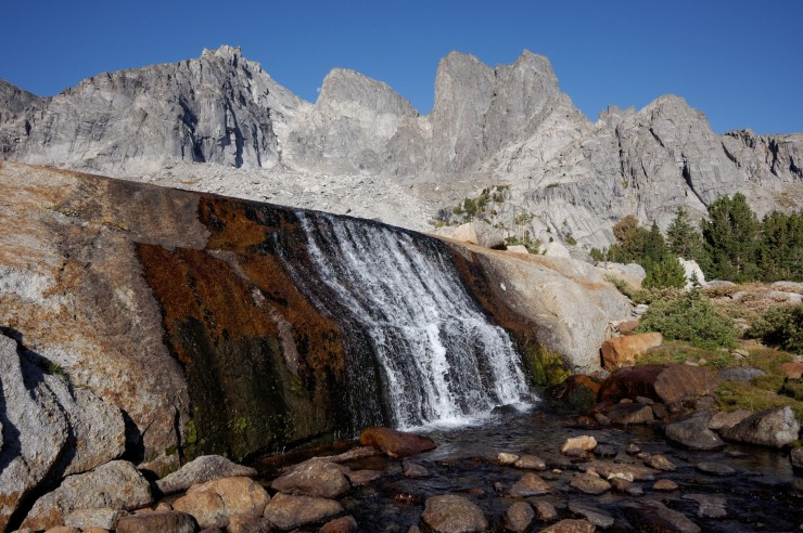 wind-river-cirque-towers-backpacking-14-hidden-lake-waterfall-cirque