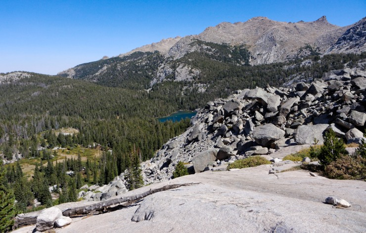 wind-river-cirque-towers-backpacking-4-moss-lake-view