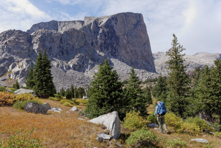 wind-river-cirque-towers-backpacking-5-hailey-pass-trail-mount-hooker