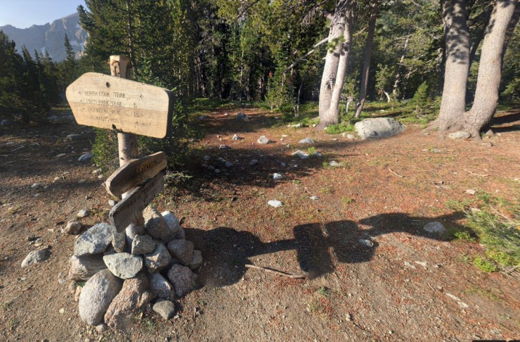 wind-river-cirque-towers-backpacking-north-fork-lizard-head-junction