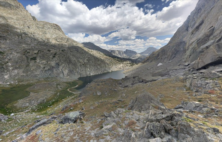 wind-river-cirque-towers-backpacking-view-north-arrowhead-lake
