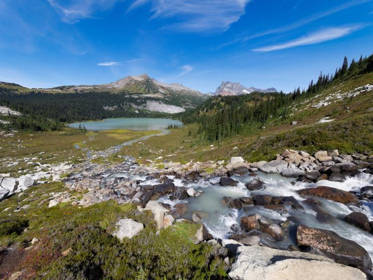 glacier-peak-wilderness-28-lyman-lake-from-above