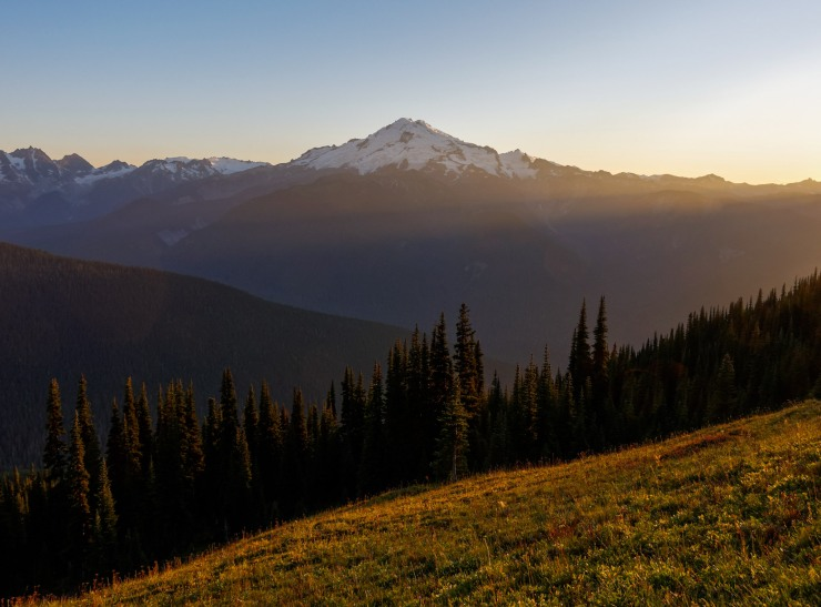 glacier-peak-wilderness-36-glacier-peak-from-miners-ridge