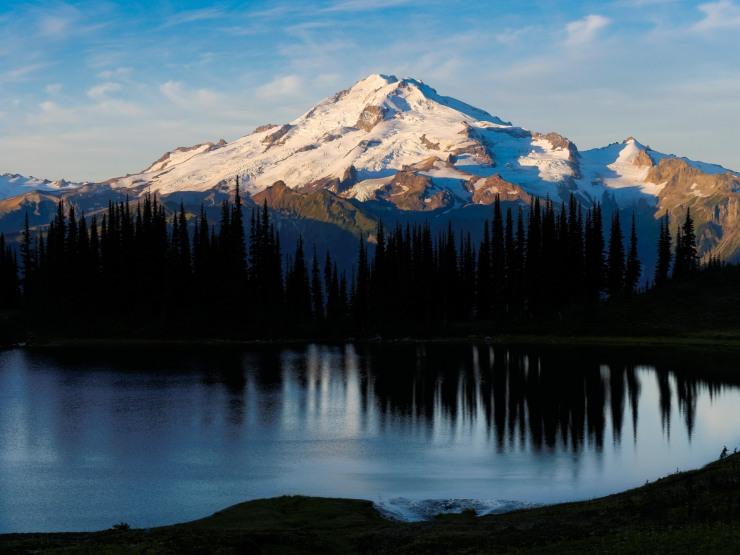 glacier-peak-wilderness-38-glacier-peak-image-lake