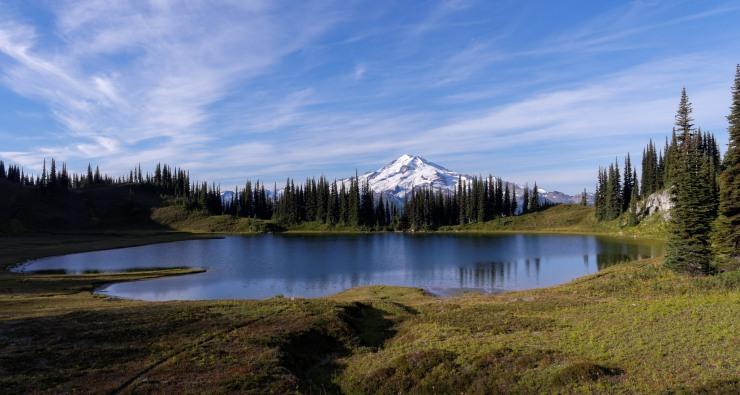 glacier-peak-wilderness-39-glacier-peak-image-lake