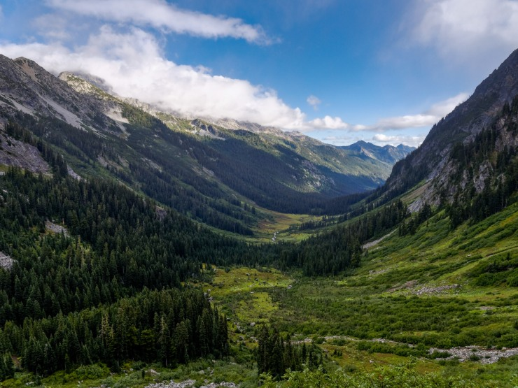 glacier-peak-wilderness-7-view-back-spider-meadow