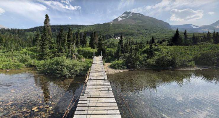 gunsight-lake-bridge-crossing