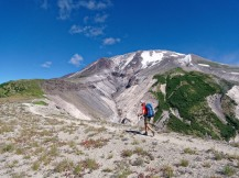 View along the Loowit Trail in Mount St. Helen Volcanic National Monument (credit: John Strother)